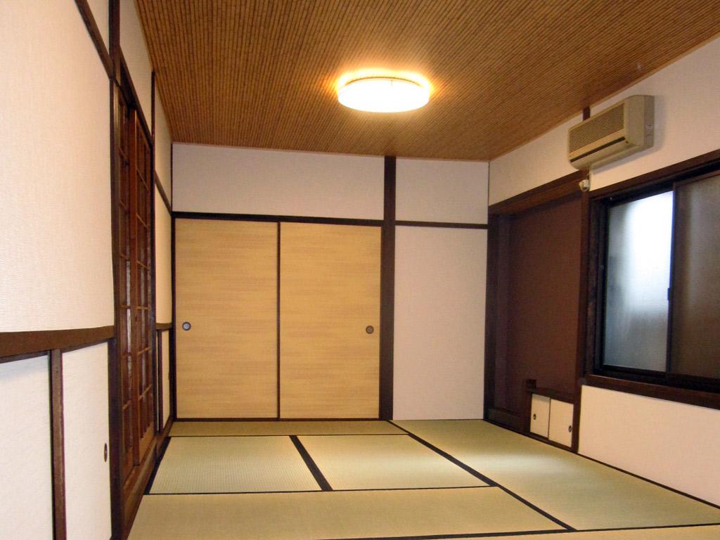 古い和室を明るい開放感のある客間に