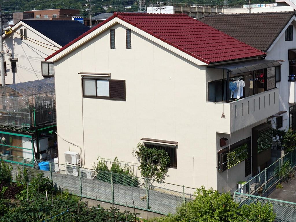 ひび割れた汚れた外壁・屋根がよみがえる省エネの塗装仕上げ
