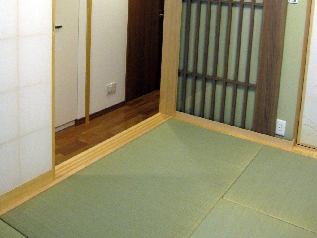 畳下4.5畳分の床下収納で収納力アップ