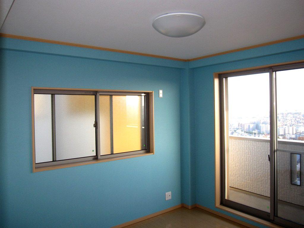 お子様のお部屋は元気のでるカラーに仕上げました