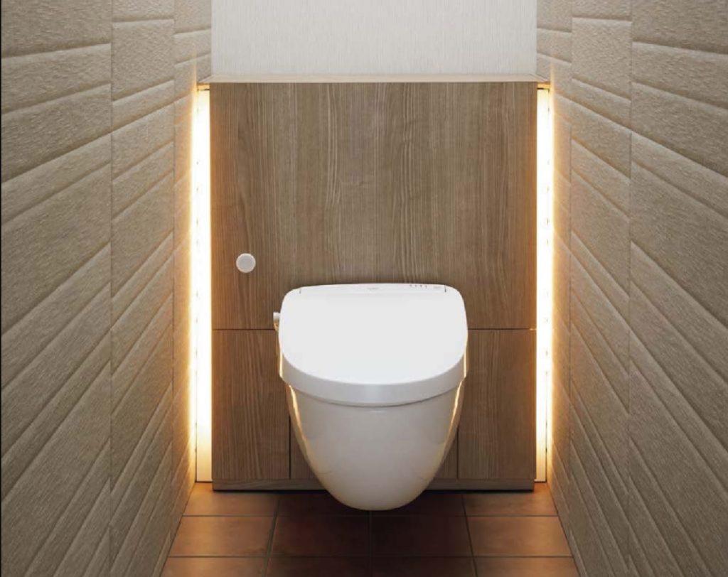 LIXIL すっきり美しいフロートトイレ正面