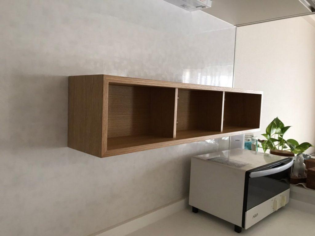 キッチンパネルに棚を設置
