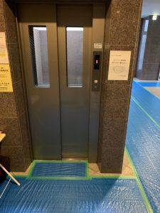 エレベーター前 養生 マンション